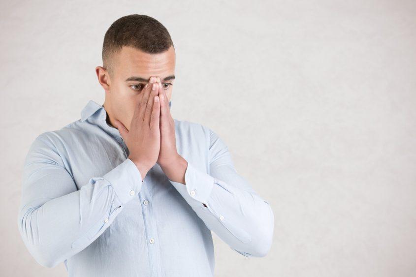 אילוסטרציה התקף חרדה (מאגר Shutterstock)