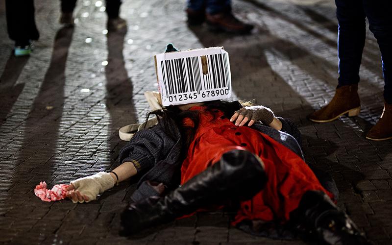 עצרת לזכר קורבן זנות (צילום: מגד גוזני)