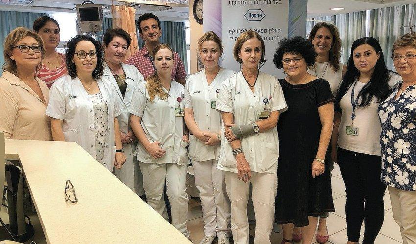 צוות אתר העירויים במרכז הרפואי לין (צילום: דוברות שירותי בריאות כללית)
