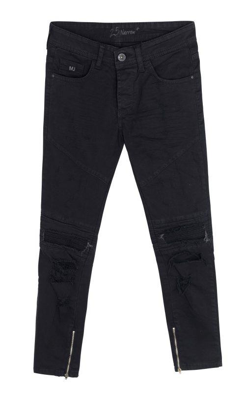 """מכנס שחור לגבר """"מאניה"""" 99.90 ש""""ח. צילום: טל טרי"""