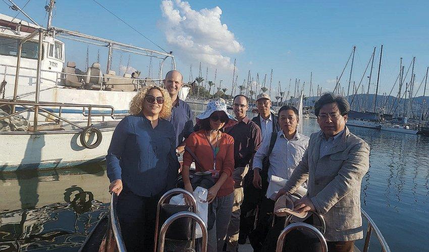 המשלחת מסין בסיור במורד נחל הקישון