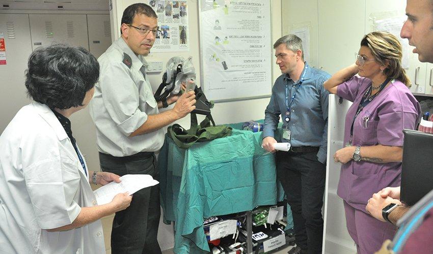 בקרה לשעת חירום במרכז הרפואי כרמל (צילום: אלי דדון)