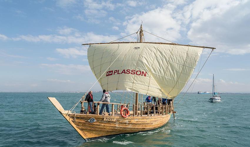 הספינה העתיקה (צילום: אלכס יפרמוב)