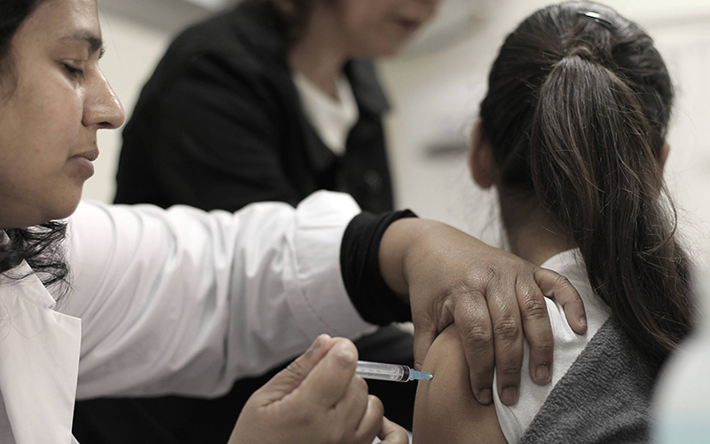 חיסון ילדים (צילום: אילן אסייג)