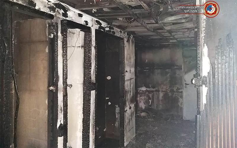 הצתה בזדון בבניין בנאות פרס