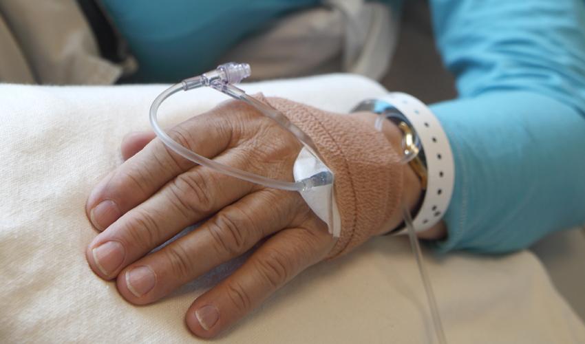 טיפול כימותרפי (צילום: א.ס.א.פ קריאייטיב/INGIMAGE)