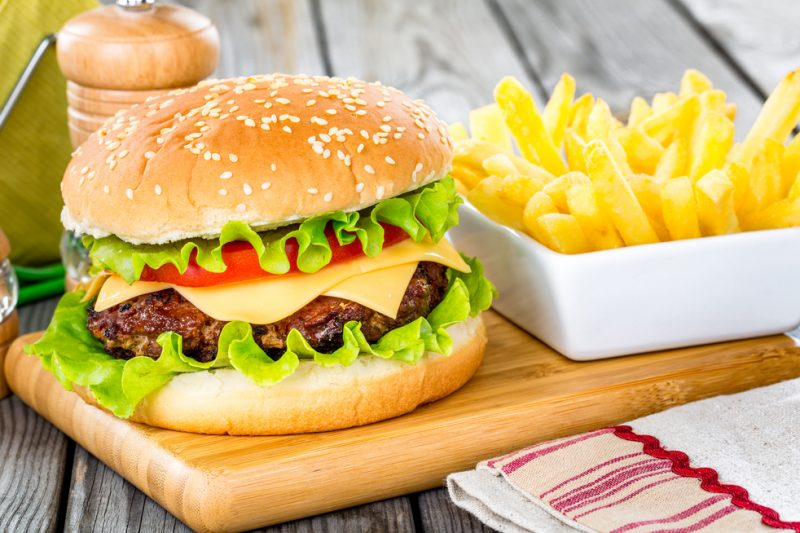 המבורגריות מומלצות בחיפה. מאגר תמונות Ingimage