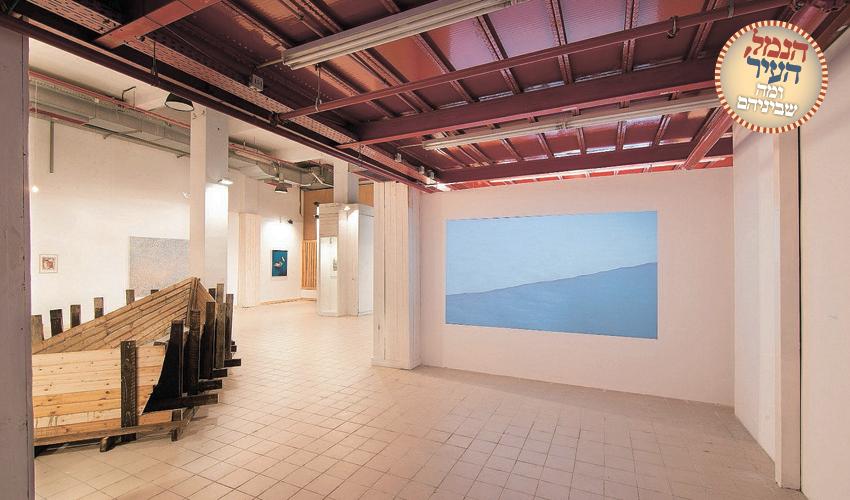 """מתוך התערוכה """"חוף בטון"""" בגלריה שער 3"""