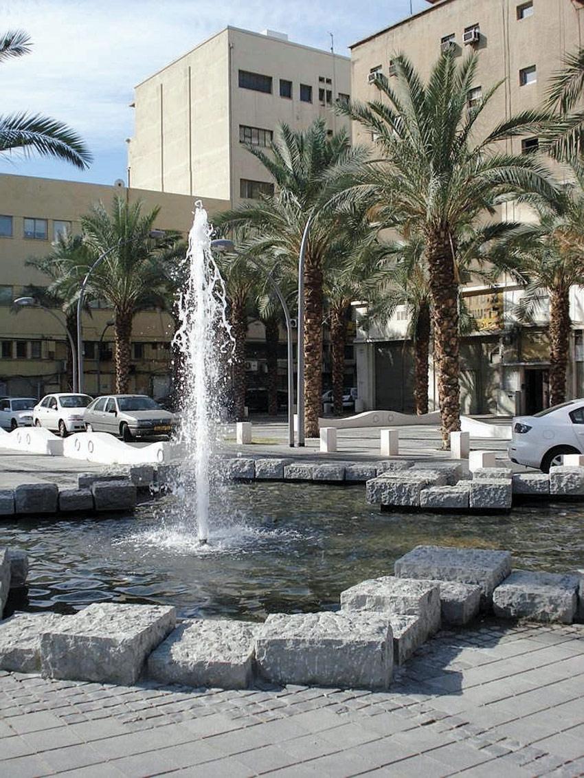 קמפוס הנמל, כיכר הנמל (צילום: ברקן-אלחייני אדריכלות נוף)