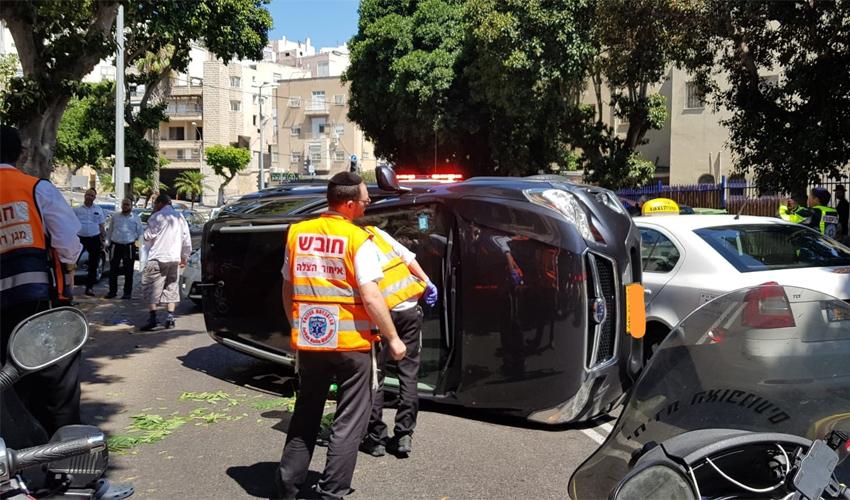 זירת תאונה ברחוב גאולה בחיפה (צילום: דוברות איחוד הצלה)