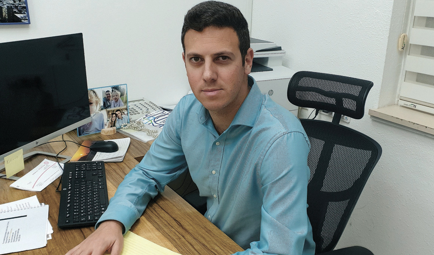 דוד עציוני. רוצה גם את ראשות לשכת עורכי הדין (צילום: בועז כהן)