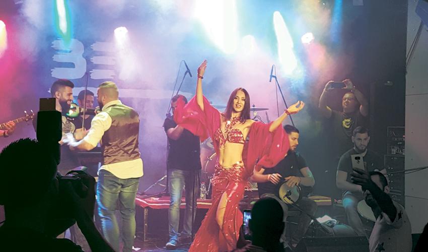מסיבה של ליין ערבנג'י. הסימן הבולט ביותר לפריחת התרבות הערבית-פלסטינית בחיפה (צילום: בועז כהן)