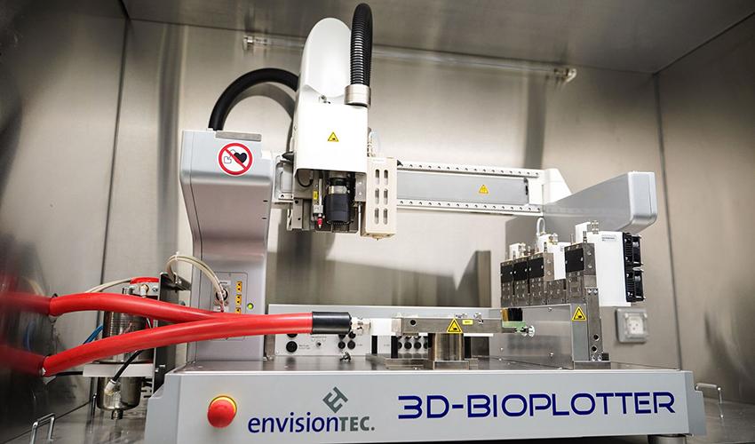 המדפסת התלת מימדית להדפסת תאים ורקמות בטכניון (צילום: ניצן זוהר)