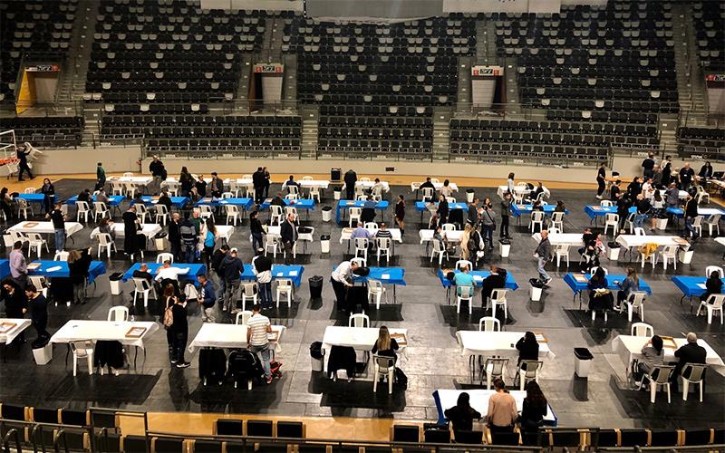 ועדת הבחירות המחוזית בחיפה בבחירות לכנסת ה-21 (צילום: שושן מנולה)