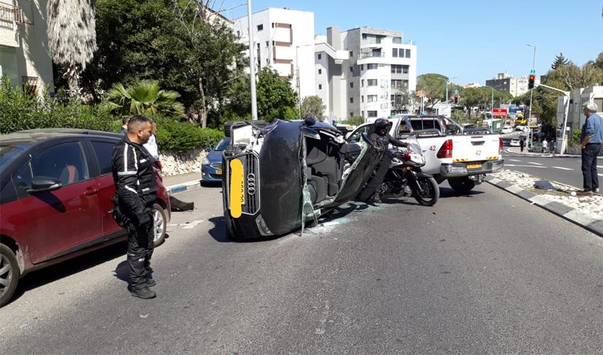 זירת התאונה בשדרות מוריה (צילום: דוברות איחוד הצלה במרחב כרמל)