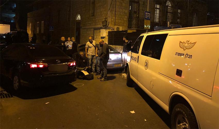 """זירת הירי ברחוב י""""ל פרץ (צילום: דוברות המשטרה)"""