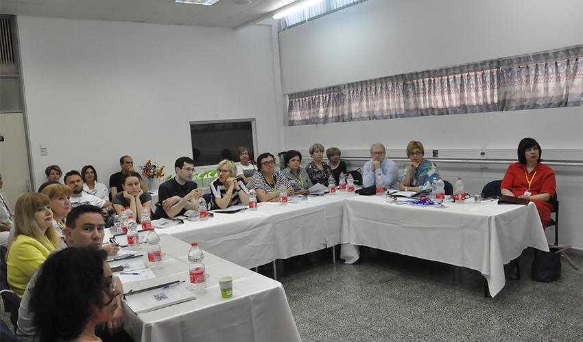 חברי המשלחת מרוסיה בהשתלמות בנושא שברים אוסטאופרוטיים (צילום: צבי מינקוביץ', דוברות שירותי בריאות כללית)