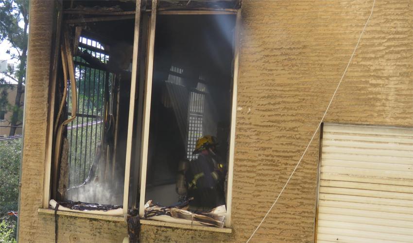 השריפה ברחוב הירדן (צילום: דוברות שירותי הכיבוי)
