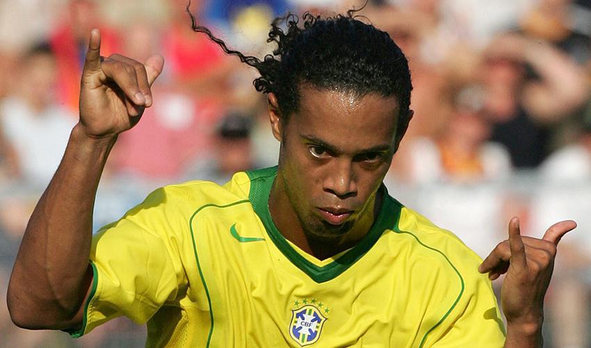 רונלדיניו בימיו בנבחרת ברזיל (צילום: AP)