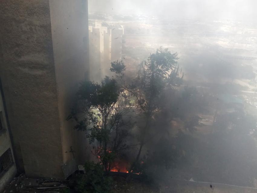 השריפה ברחוב התשעה (צילום: איחוד הצלה)