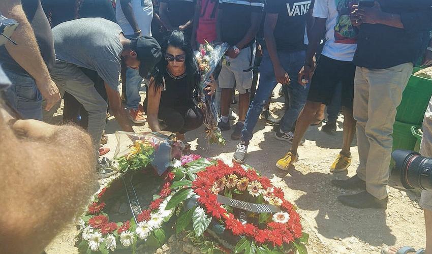 הלווייתו של סלומון טקה (צילום: אלה אהרונוב)