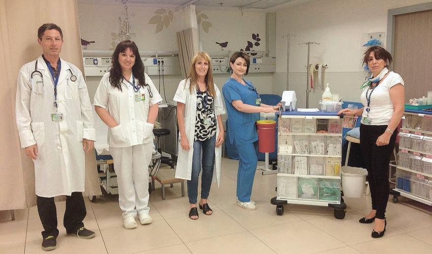 צוות חדר המיון הקהילתי במרכז הרפואי לין (צילום: דוברות שירותי בריאות כללית)