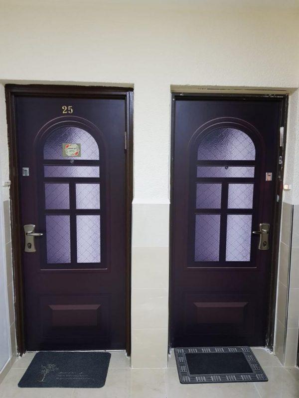 הדלתות והציפויים של פיק דור