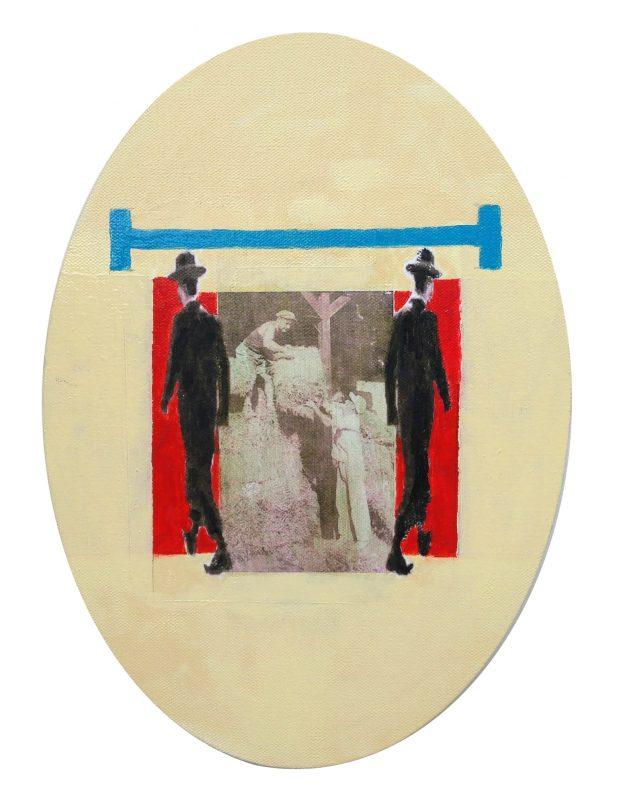האמנית עידית לבבי גבאי, אובל עם סרגל תכלת. מתוך וריאציות על צילום אחד 2019. תמונה באדיבות גלריית לוחמי הגטאות