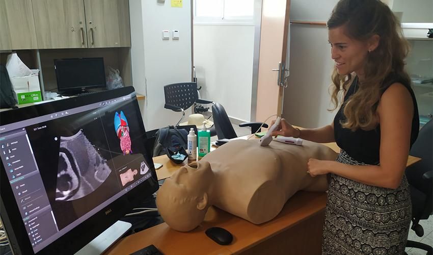 """ההשתלמות של הסטודנטים בקריה הרפואית רמב""""ם (צילום: 3D systems)"""