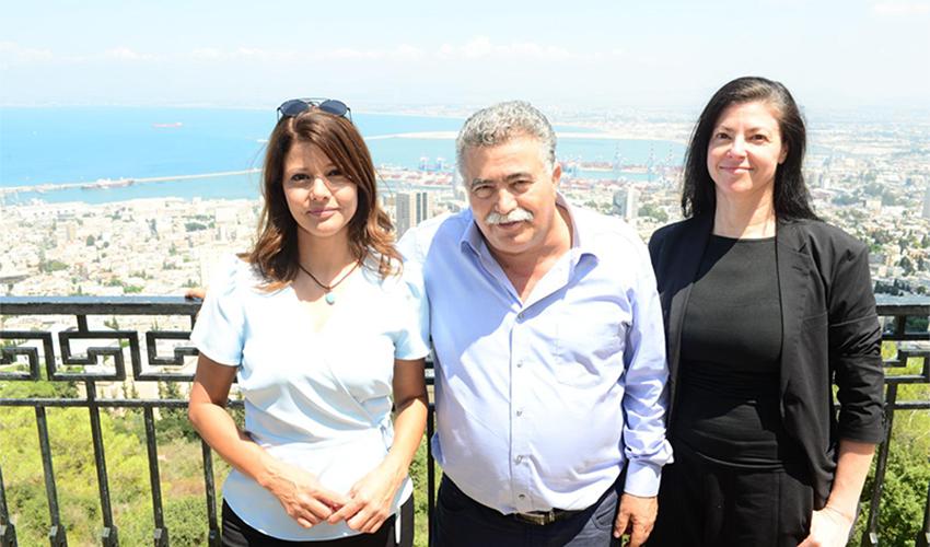 """חה""""כ עמיר פרץ ומרב מיכאלי ואורלי לוי אבקסיס בביקור בחיפה (צילום: דוברות מפלגת העבודה-גשר)"""