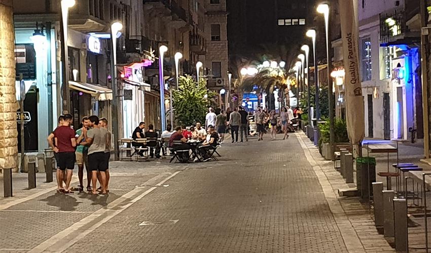 מקומות בילוי בעיר התחתית (צילום: בועז כהן)