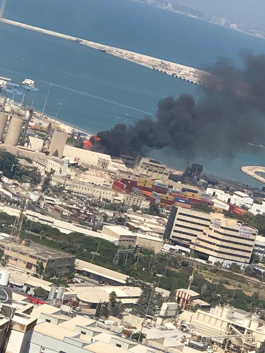 השריפה במפעל שמן (צילום: ליאם פרץ)