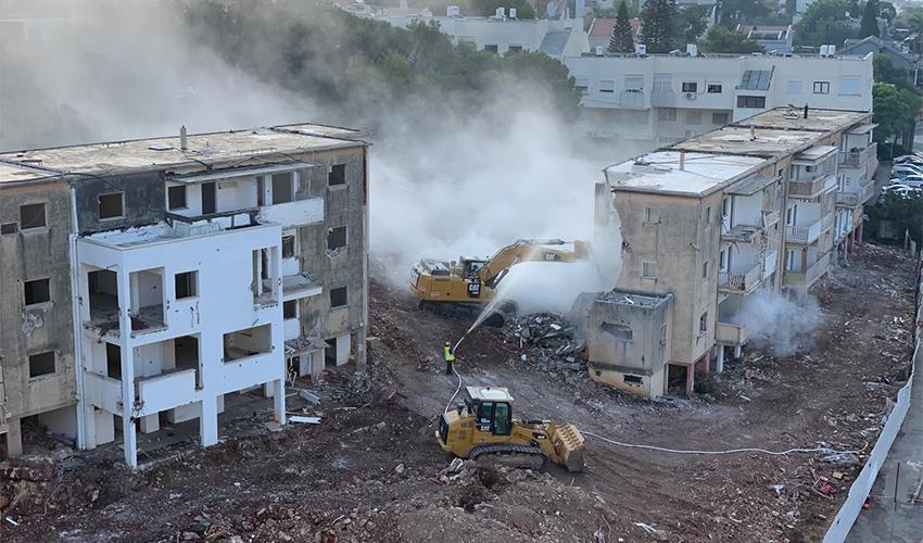 הריסת הבניינים בפרויקט הפינוי-בינוי בנוה שאנן (צילום: אורי סיון)