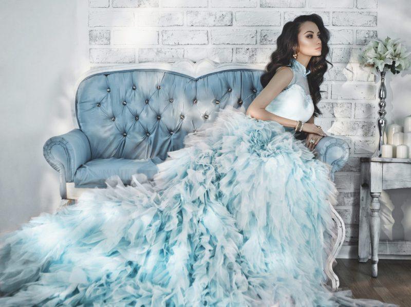 שמלות ערב יוקרתיות וחווית קנייה נדירה. תמונה ממאגר Ingimage