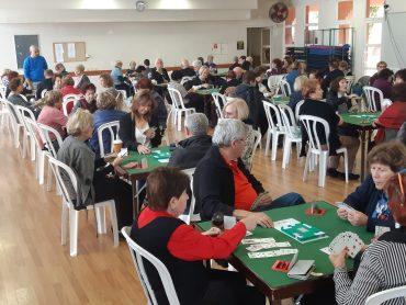 מועדון הברידג' בספורטן- 150 שחקנים קבועים. צילום: חיים דדוש