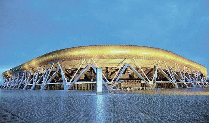האיצטדיון העירוני. יארח גם את נבחרת ברזיל הנוכחית? (צילום: צבי רוגר)