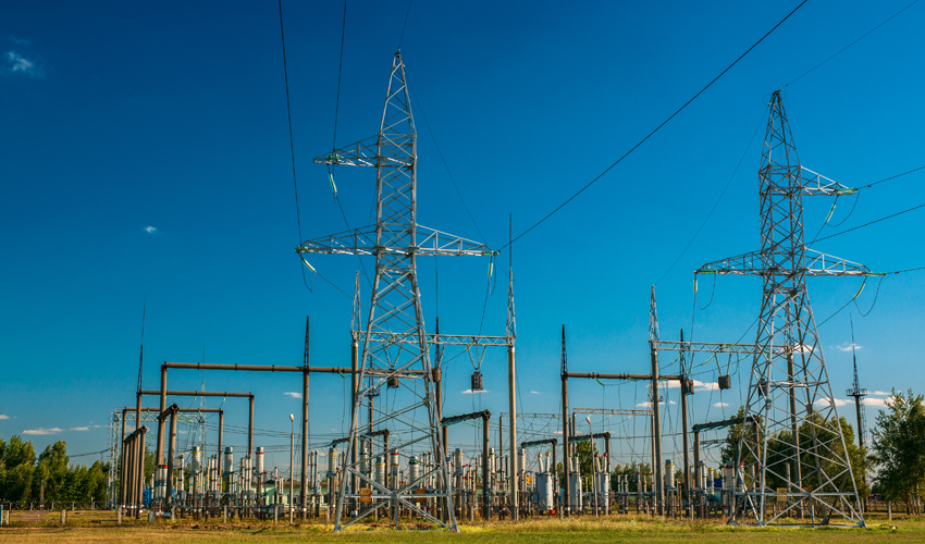 עמודי חשמל (צילום: א.ס.א.פ קריאייטיב/INGIMAGE)