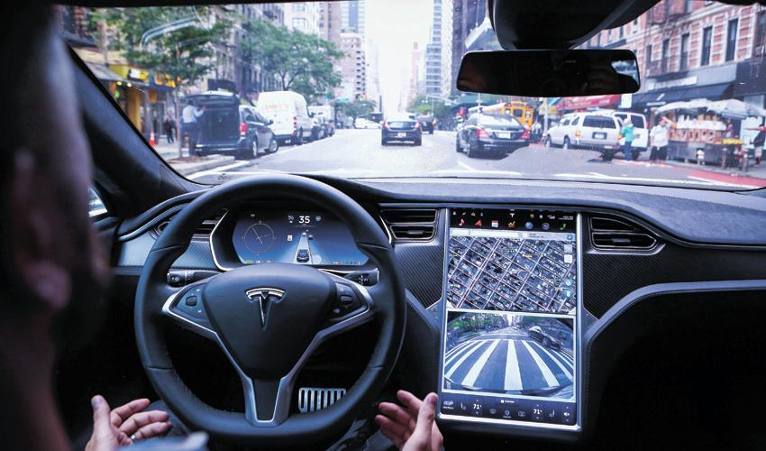 מכונית אוטונומית (צילום: Christopher Goodney, Bloomberg)