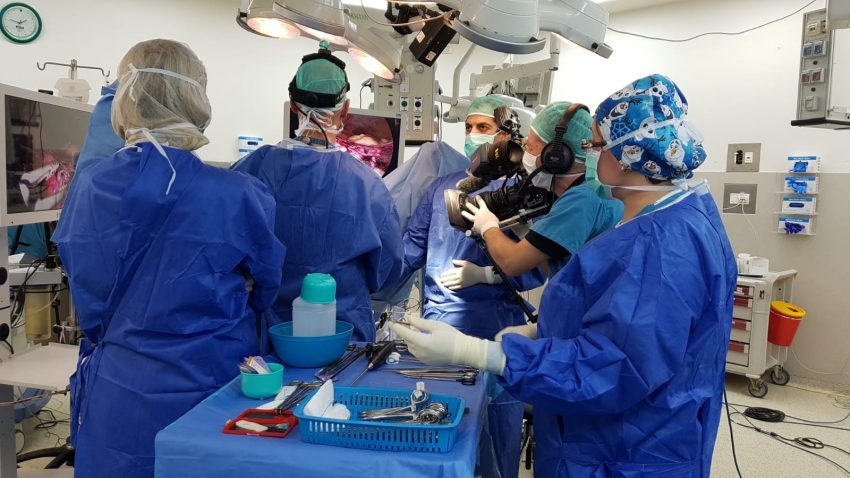 """הניתוח לכריתת רחם שבוצע בקריה הרפואית רמב""""ם (צילום: פיוטר פליטר)"""