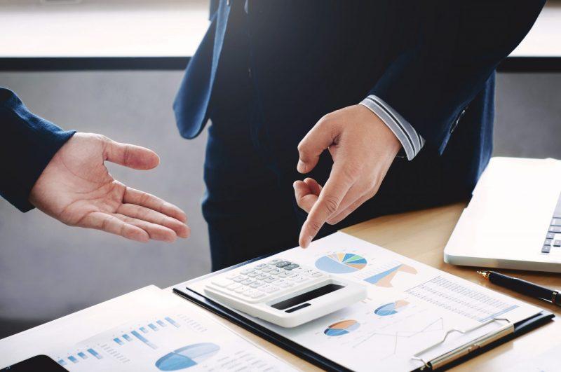 בחירת רואה החשבון היא צעד חשוב בדרך להצלחת העסק שלכם. תמונה ממאגר Ingimage