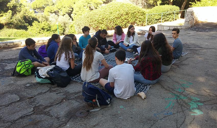 תלמידי ליאו באק בשיעור (צילום: יפית שקאלו)