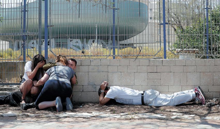 ההסלמה בדרום (צילום: Ronen Zvulun, Reuters)