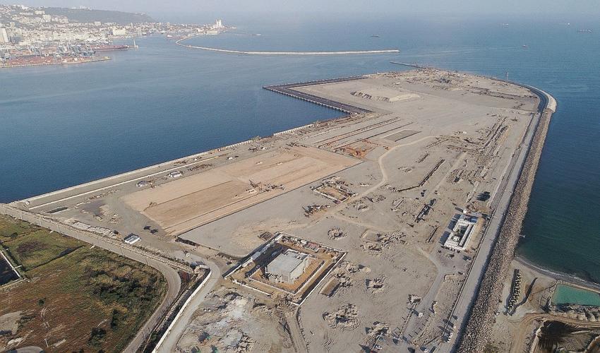 """נמל המפרץ. חנ""""י קיבלה הכל ולא נתנה דבר (צילום: רענן כהן)"""