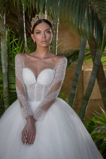 שמלות כלה וערב של המעצב עובד כהן: 50-70 אחוזי הנחה. צילום: דביר כחלון