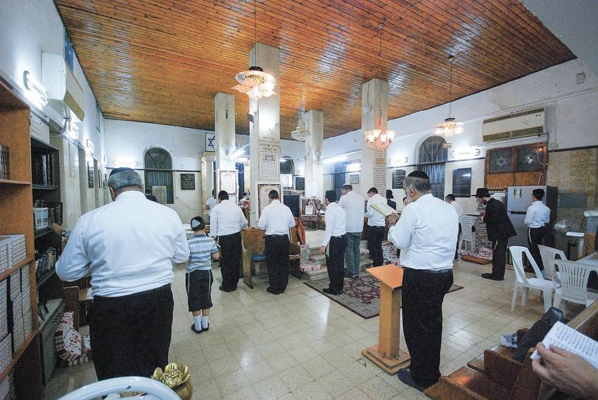 """בית הכנסת """"הרשב""""י"""" בארד אל־יהוד. """"חשוב לי לספר על כל בתי הכנסת שהיו כאן"""" (צילום: בועז רפאלי)"""