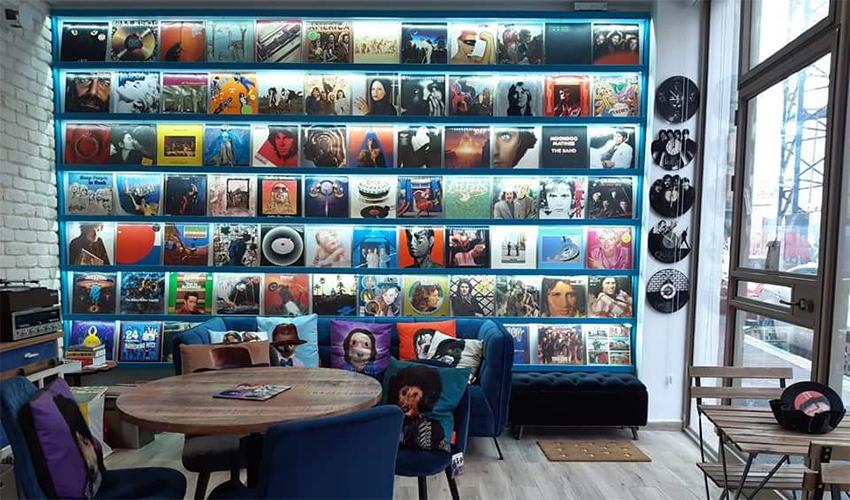 חנות התקליטים The Vinyl Room (צילום: עופר לוי)
