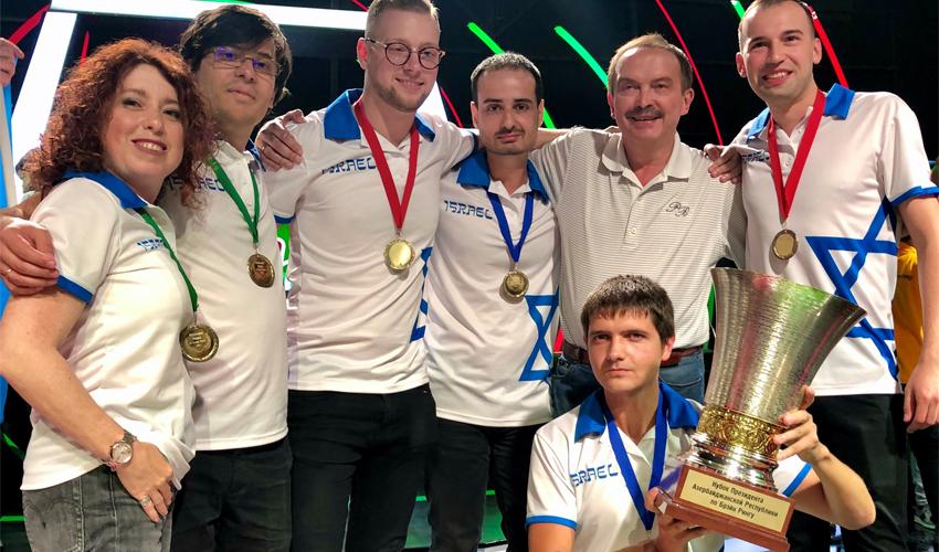 קבוצת הטריוויה הישראלית, זוכת התחרות Brain Ring (צילום: ויקטוריה פיינבורד)