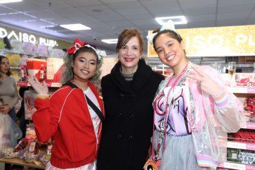 דפנה צורי באירוע פתיחת סניף DAISO יפן בקניון לב המפרץ. צילום יוני רייף