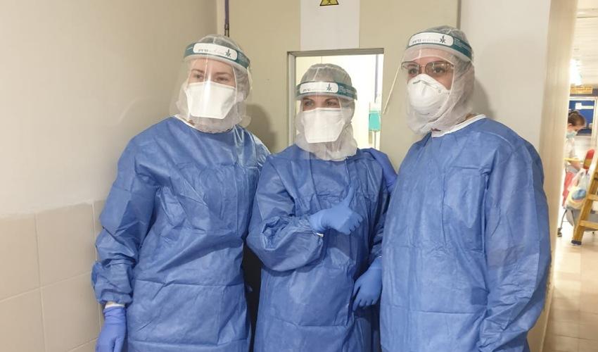 צוות הקורונה של המרכז הרפואי בני ציון (צילום: לינה חדאד באשיר)