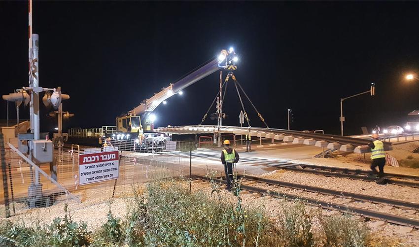 העבודות בתוואי הרכבת חיפה-תל אביב (צילום: רכבת ישראל)